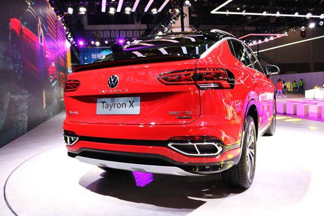 引领Coupe运动潮流,实拍一汽-大众新锐轿跑SUV——探岳