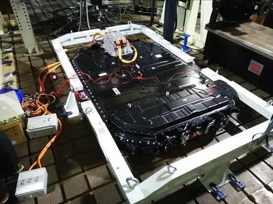 从小鹏G3自燃说起:电池包磕碰致燃应不应该?
