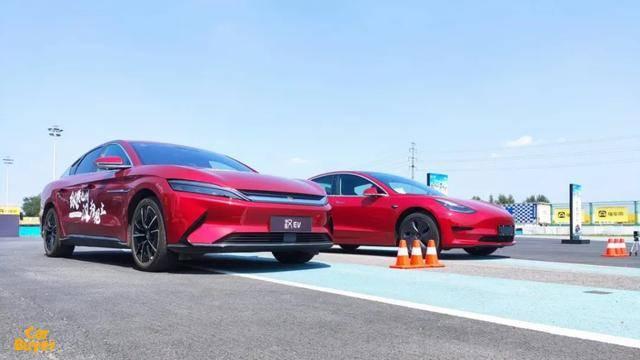 """新能源汽车""""革命性""""产品,零距离体验比亚迪汉EV性能表现"""