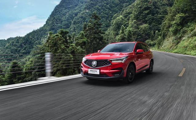 新版讴歌RDX强调运动,38.6万起价坚守高端,懂车人的考验