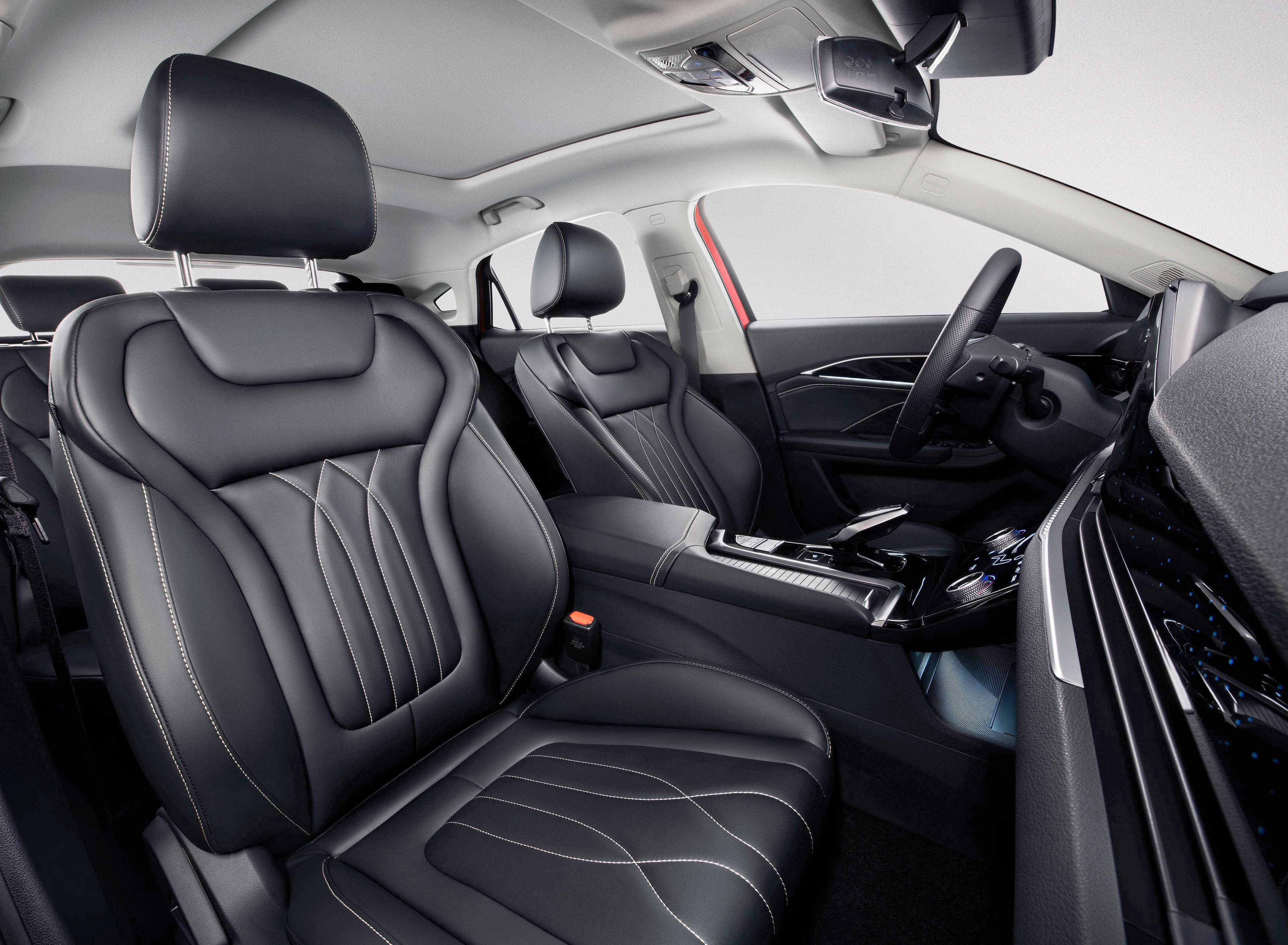 想要一款既有颜值又有面子的家庭轿车 可选全新第三代奔腾B70