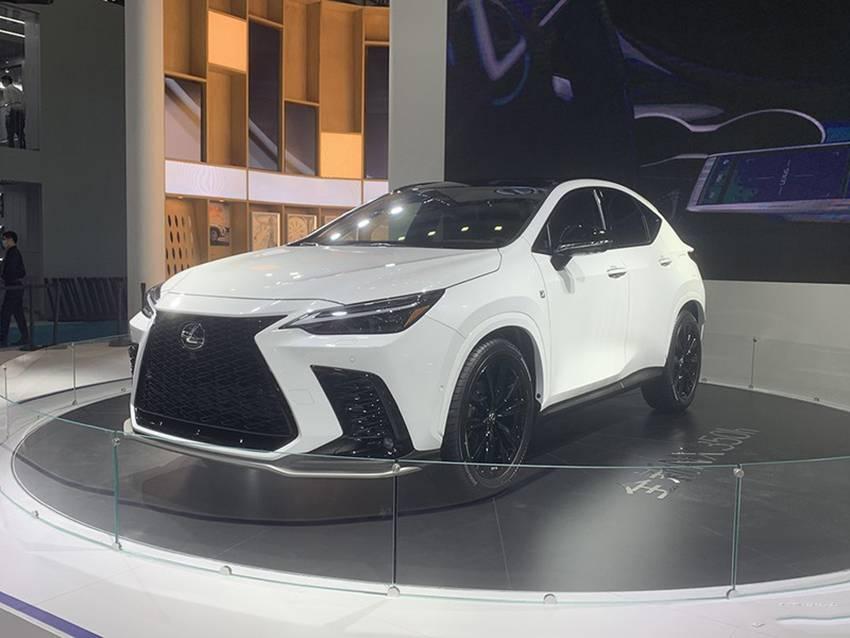 雷克萨斯新车亮相,这次还能加价卖吗?