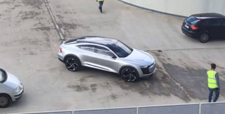 audi-e-tron-sportback-concept-the-tesla-model-y-competitor-spotted-in-germany_1.jpg