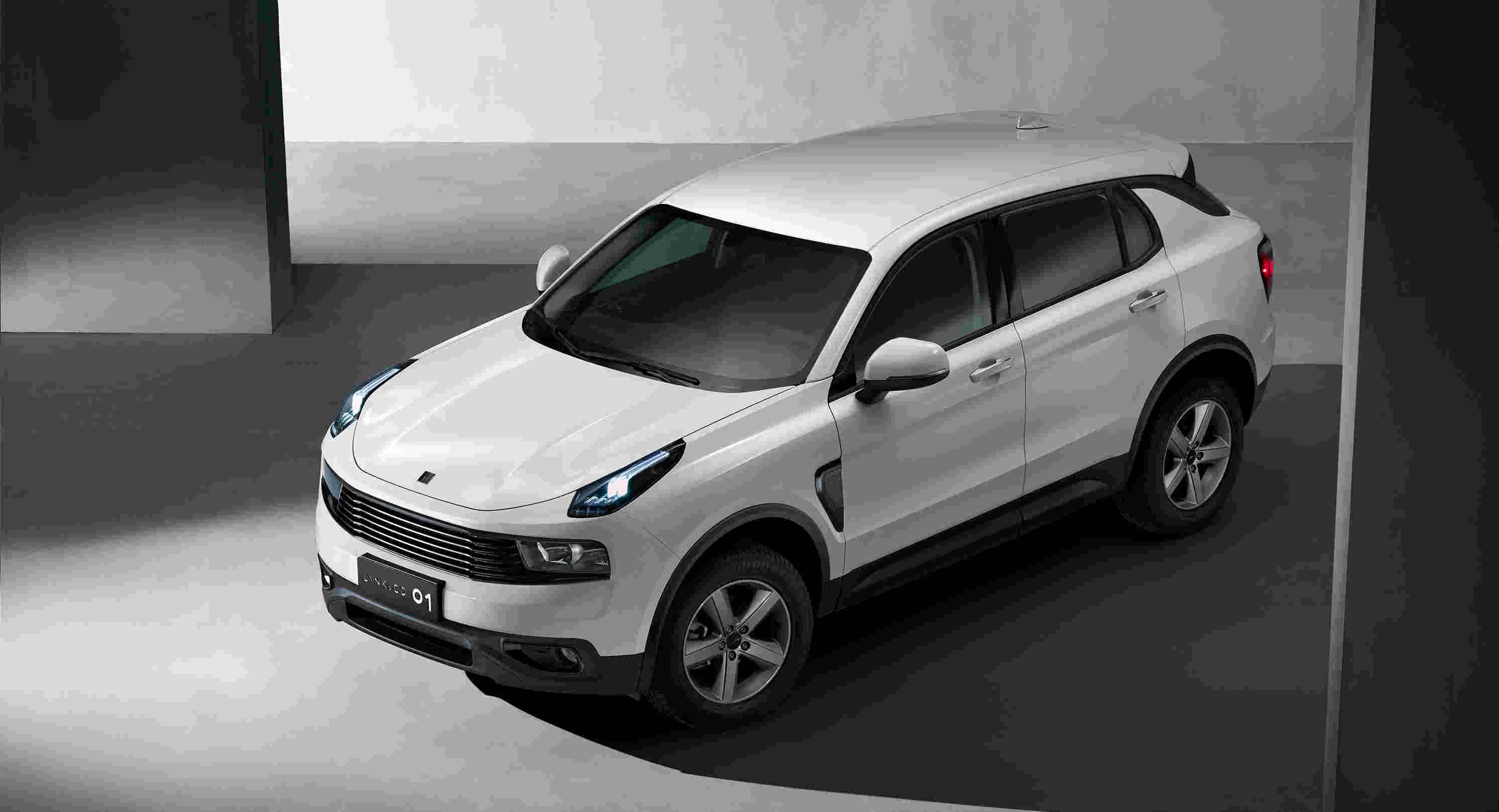 """领克首度曝光领克 01""""耀、型、劲、纯""""四种风格设计的车型信息,图为纯白Lite车型.jpg"""