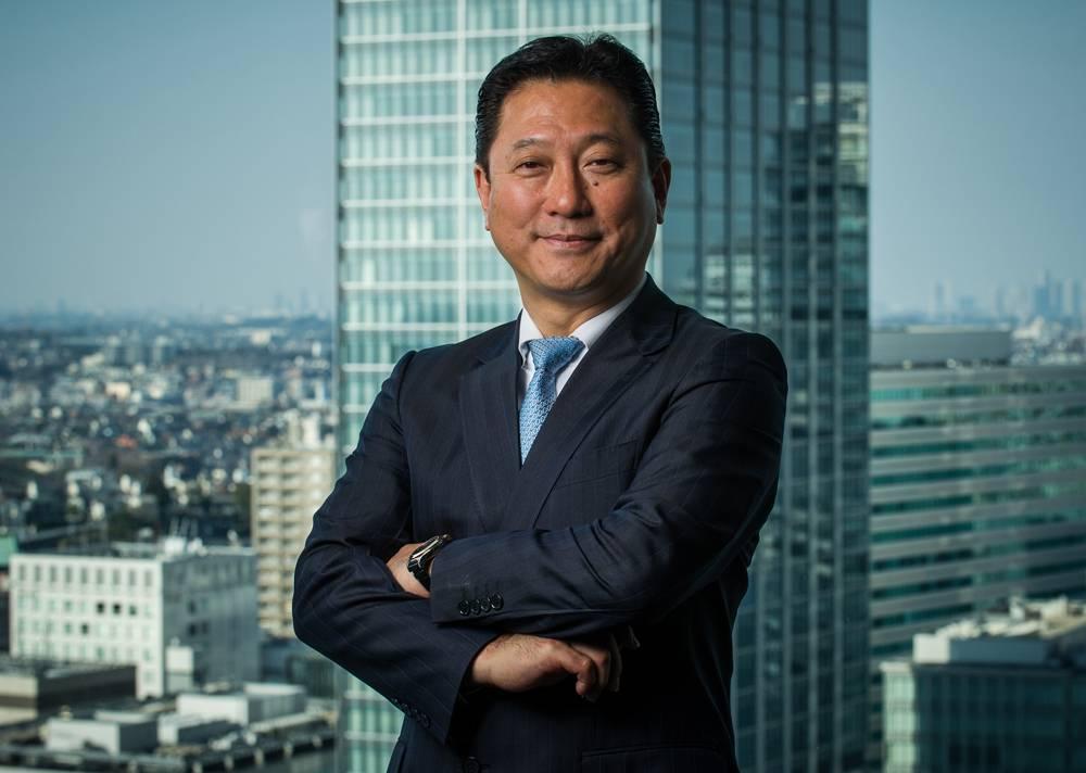 15-03-30 关润总裁在日本横滨总部拍摄照片 (6).jpg