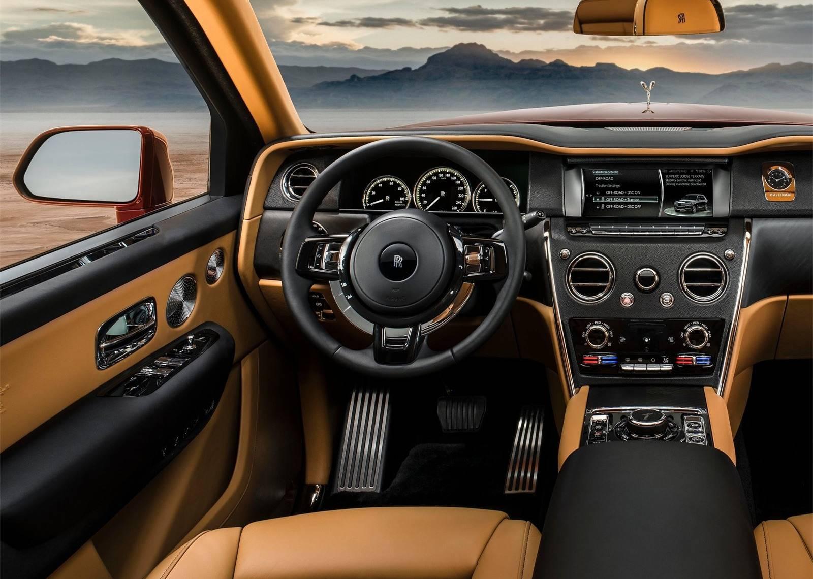Rolls-Royce-Cullinan-2019-1600-15.jpg