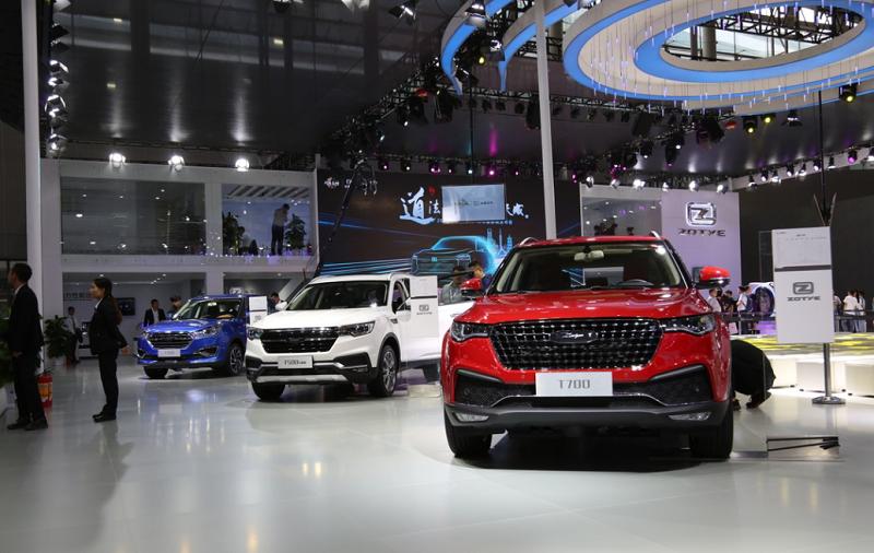 """众泰汽车携旗下9款车型以最强""""智美中国车""""阵容及自主研发核心技术强势登台"""