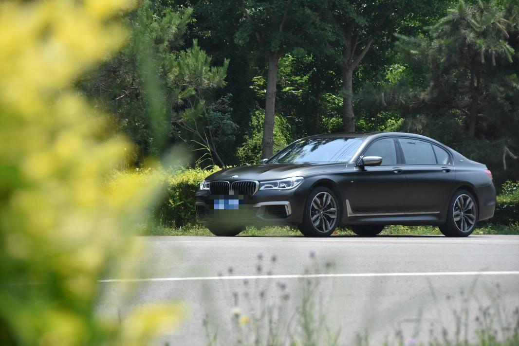 宝马M760国六现车销售 哪里提车价格最低 详情电议