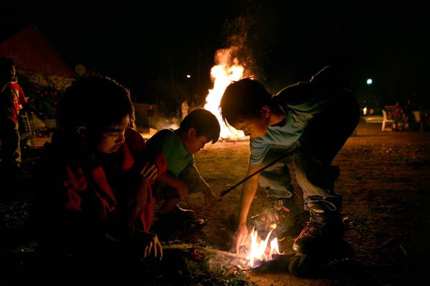 Kids_playing_with_fire_in_Lag_Ba omer.jpg